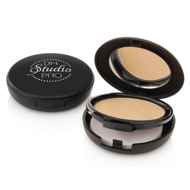 Studio Pro Matte Finished Pressed Powder