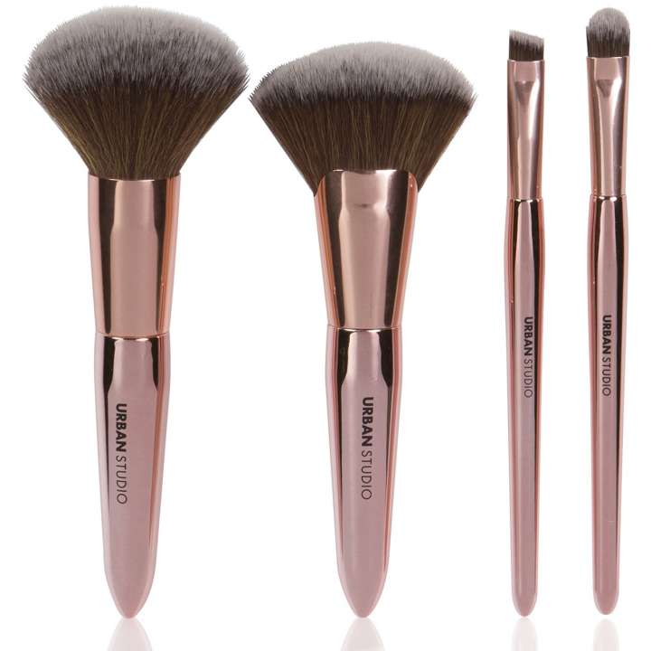 4-Teiliges Highlighter Pinsel-Set - But First, Shimmer
